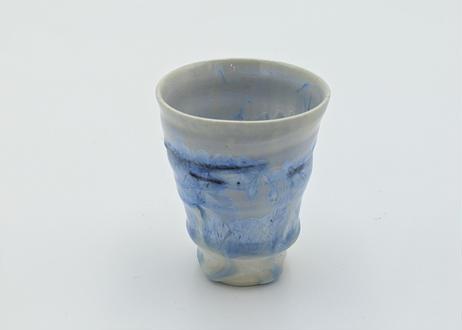 A17 雪結晶釉ぐいのみ 青