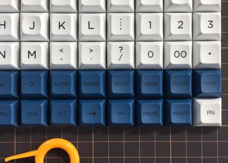 DSA PBT DyeSub キーキャップ セット (ALL 1U/ホワイト/ブルー)