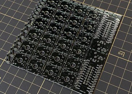 te96 狭ピッチ自作キーボード基板(基板単体)
