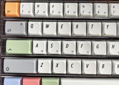 KBDfans XDA DyeSub PBT キーキャップセット(オフホワイト/グレー / カラー)