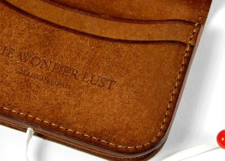 CONCHO CARD CASE  (CAMEL)