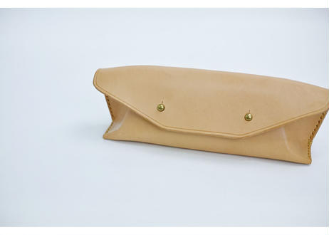 hourglass pen case