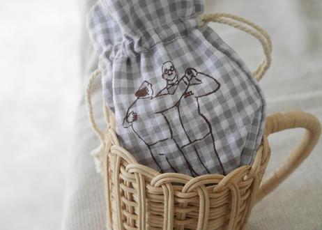 パジャマみたいな生地の巾着『社交ダンス教室 男子余る』