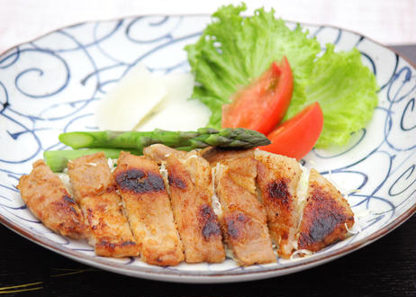 【茅ヶ崎 なんどき牧場 】《冷凍》 豚肉の味噌漬 (単品1枚~) ※要加熱  (商品コード:TF310101)