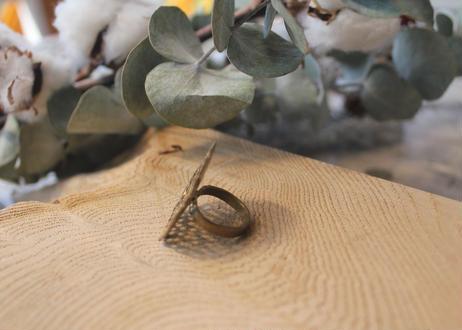 【Ery】brass dot ring <真鍮リング> 9号