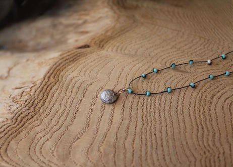 【Ery】suzu & glass beads necklace<錫ネックレス>