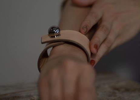 Cuff   bracelet/01size