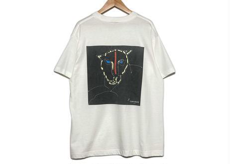 """art """"T"""" shirt       (Black Panther /white)"""