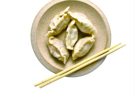 【台湾水餃子】[宅配][まとめ買い]手包み台湾水餃子(生)[6個入]×5パック