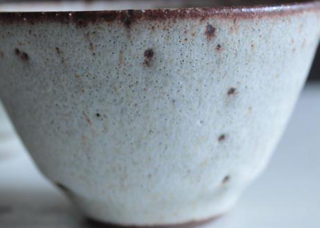 鉄粉のある器 湯のみ 小鉢 陶器