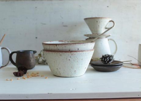 鉄粉のある台形深鉢(L) ボウル どんぶり 静かで豊かな時間