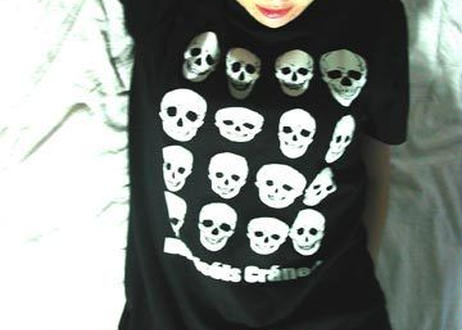 Dieciseis Craneo(16の光る頭蓋骨)Tシャツ