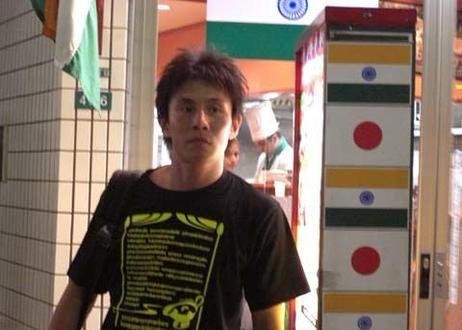 小野員裕のカレーTシャツ
