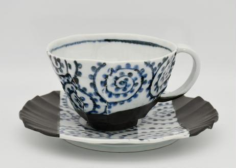 染付波違い十草紋カフェオレカップ&ソーサー