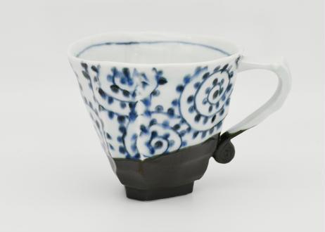 黒陶染付蛸唐草紋マグカップ&ソーサー