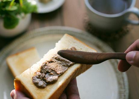 モモタマナッツ・バター