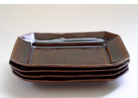 鉄釉八角皿