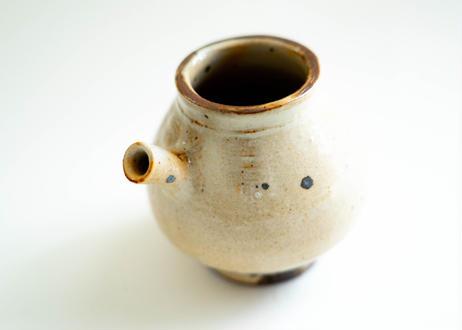 粉引酒器 薪窯で焼成