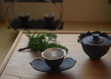 黒輪花茶托/木下和美