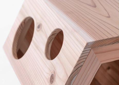 猫ちゃんにも癒やしをプレゼント! 紀州・龍神杉を使った木製ねこハウス『micino(ミチーノ)』六角柱