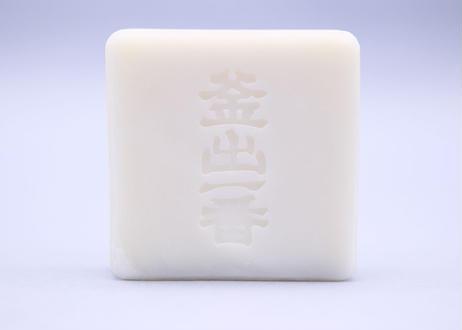 球美(くみ)の塩石鹸(洗顔石鹸)