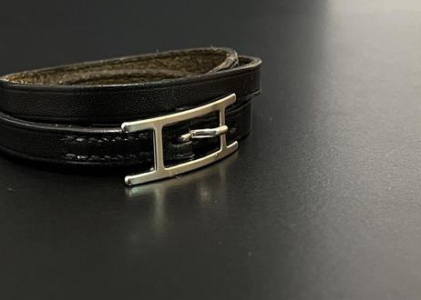 "hermes  leather bracelet ""api"""