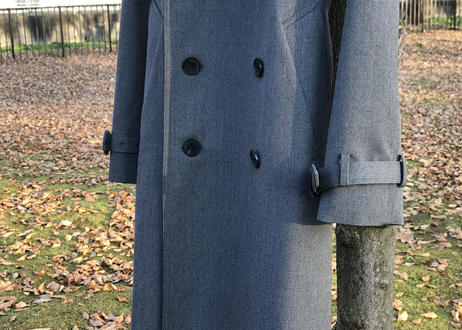 geen trench coat dead stock