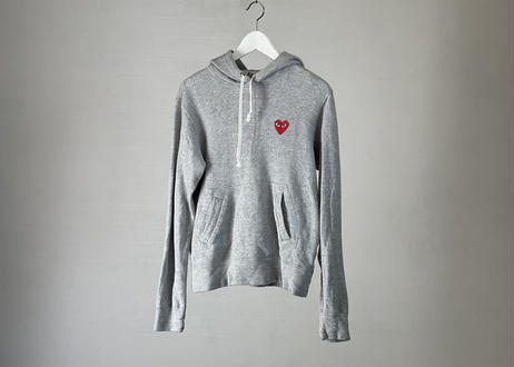 play comme des garcons hoodie