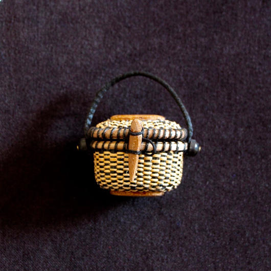 Nantucket Basket 1.5inch Oval with lid 黒
