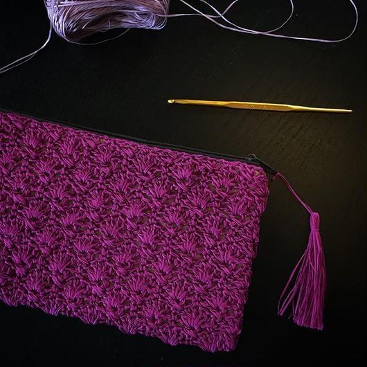 送料込み 透かし模様のフラットポーチ 印刷済み編み図のみ