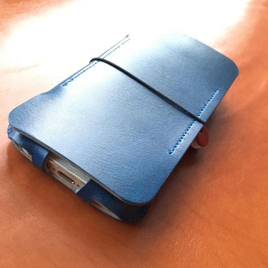 限定品【abicase flap】 iPhoneSE cwj/ルガトブルー