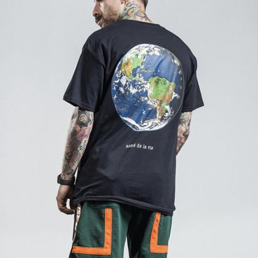 【売れ筋】アースデザインTシャツ 2カラー