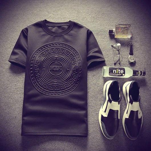 【トレンド】サークルデザインTシャツ 2カラー