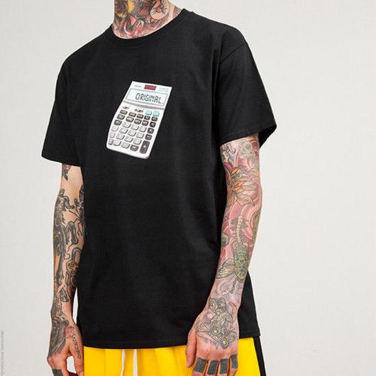 [大人気]カルキュレイターデザインTシャツ 3カラー