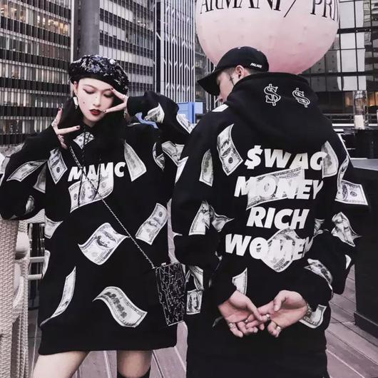 【売れ筋】SWAG MONEYデザインフーディー