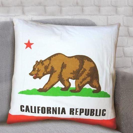 CALIFORNIA REPUBLIC クッション