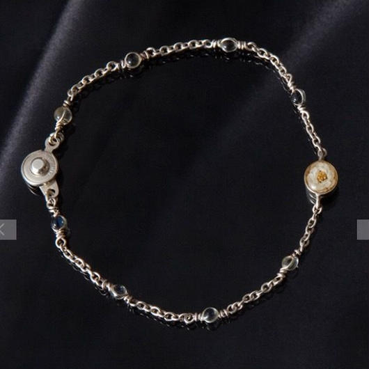 Viburnum Glass Bracelet