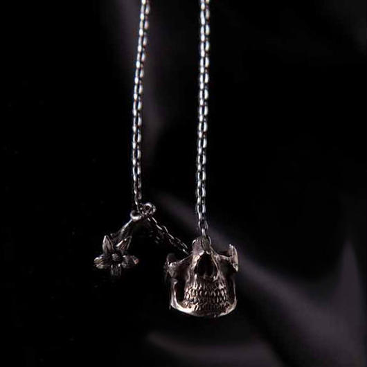 Everlasting Flower Skull Necklace