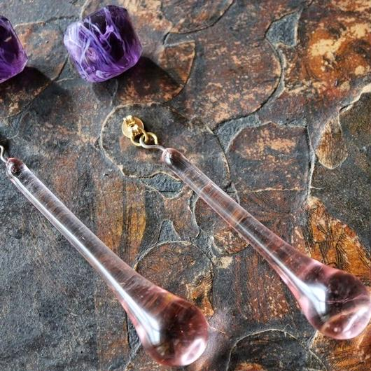 vintage glass pierce (lilac)