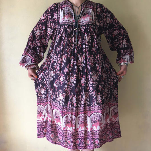 circa 1970s Indian cotton dress