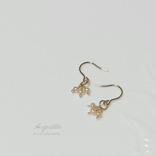 14kgf*Petite Earrings [Three Fresh Water Pearls(P/A)]*