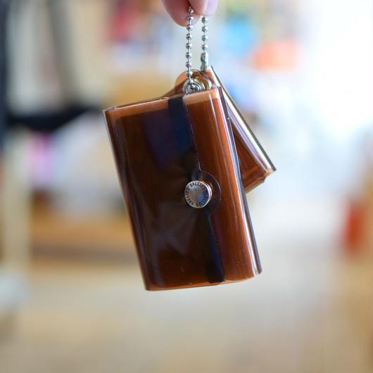 SALLIES MINIMAL WALLET ''Pocket Pal'' BROWN / サリーズ ミニマルウォレット PVC 財布 コインケース ブラウン
