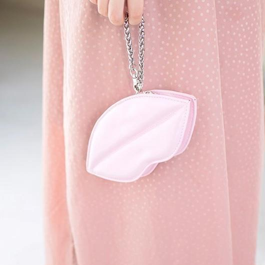 URBAN OUTFITTERS LIPS POUCH PINK / アーバンアウトフィッターズ リップ ポーチ ピンク
