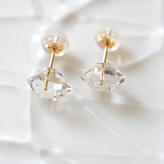 K18製*ハーキマーダイヤモンド 一粒ピアス