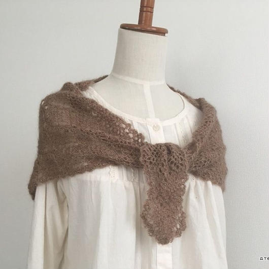 パイナップル編みの横編みストール