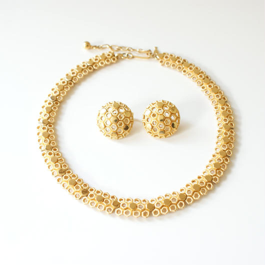 TRIFARIクラウントリファリ 蜂の巣 ゴールド ネックレス&イヤリングセット / ヴィンテージ・コスチュームジュエリー