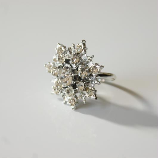 Special price【スペシャルプライス】雪の結晶 シルバートーン 指輪リング / ヴィンテージ・コスチュームジュエリー