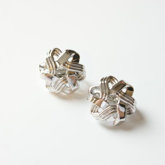 Special price【スペシャル プライス】TRIFARIトリファリ シルバートーン フラワー PAT.PEND イヤリング  / ヴィンテージ・コスチュームジュエリー