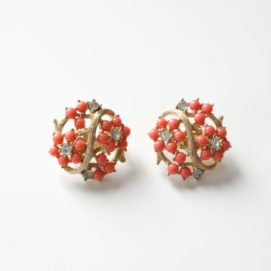 TRIFARIクラウントリファリ コーラル 珊瑚 フラワー イヤリング / ヴィンテージ・コスチュームジュエリー