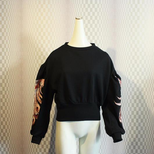 【AHCAHCUM/あちゃちゅむ】クジャク刺繍スウェット黒